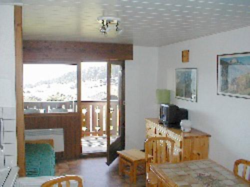 location de meubl s entre particuliers les saisies hauteluce bisanne 1500 association. Black Bedroom Furniture Sets. Home Design Ideas